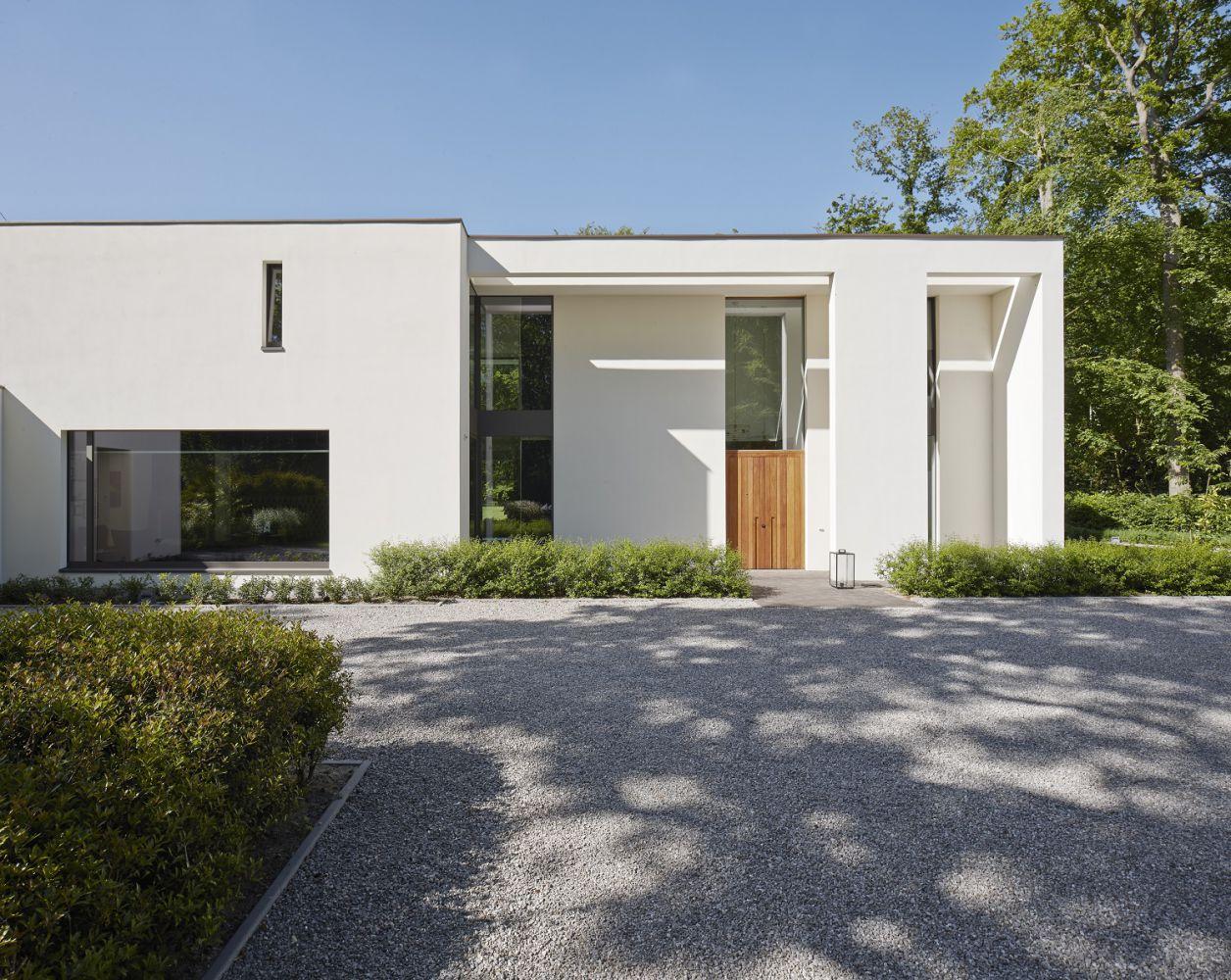 Architecture | Exclusive villa construction Vlassak Verhulst